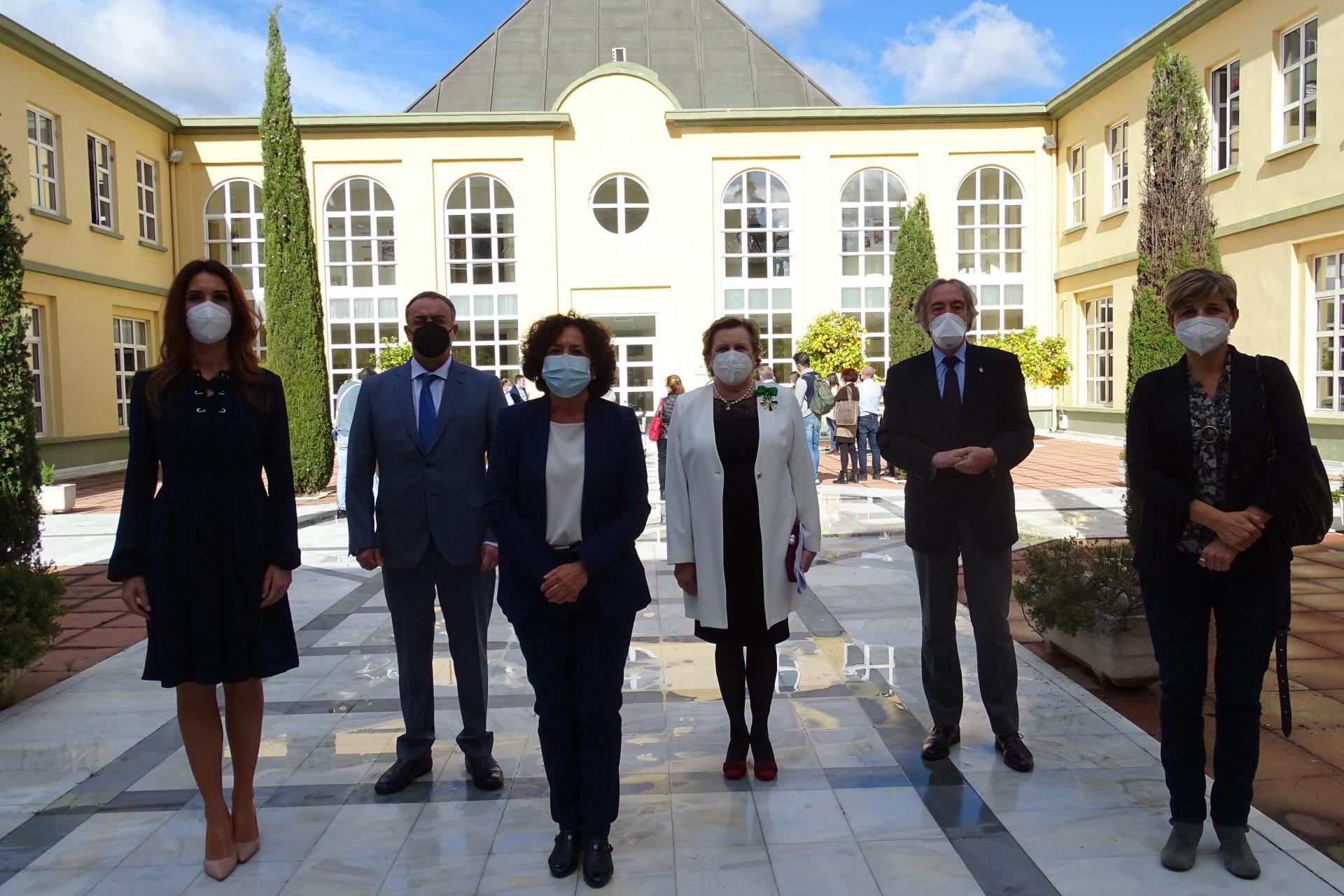 Foto familia Cátedra Economía de la Salud